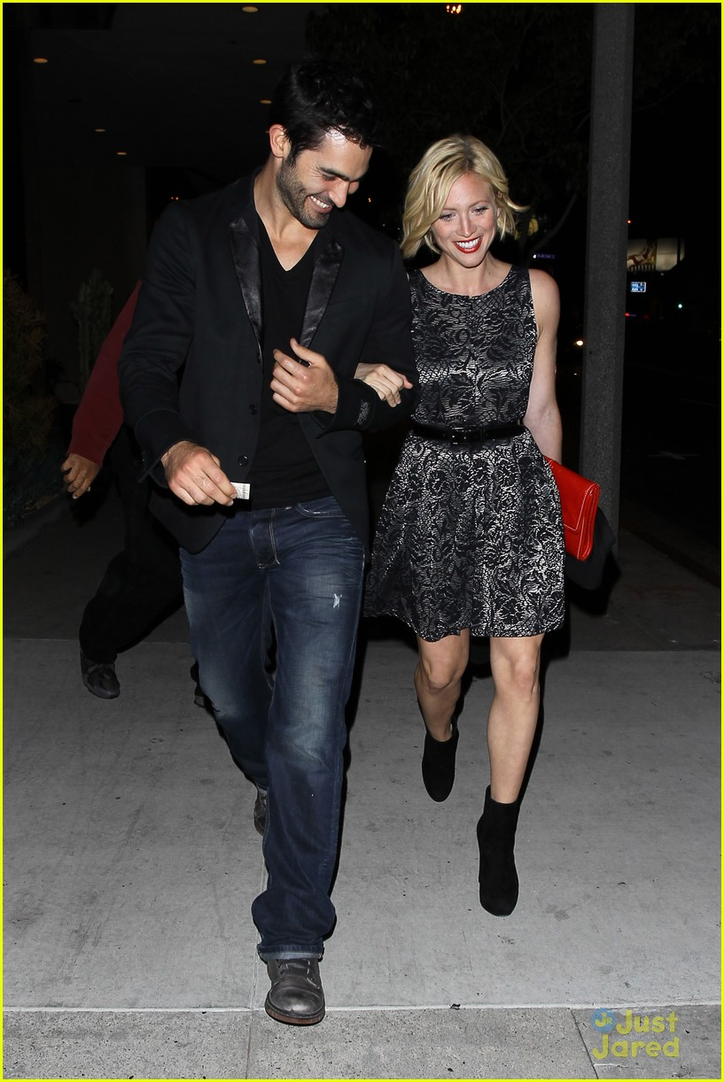 brittany snow teen wolf wrap party with tyler hoechlin