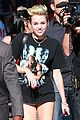 miley cyrus jimmy kimmel live arrival 2 34