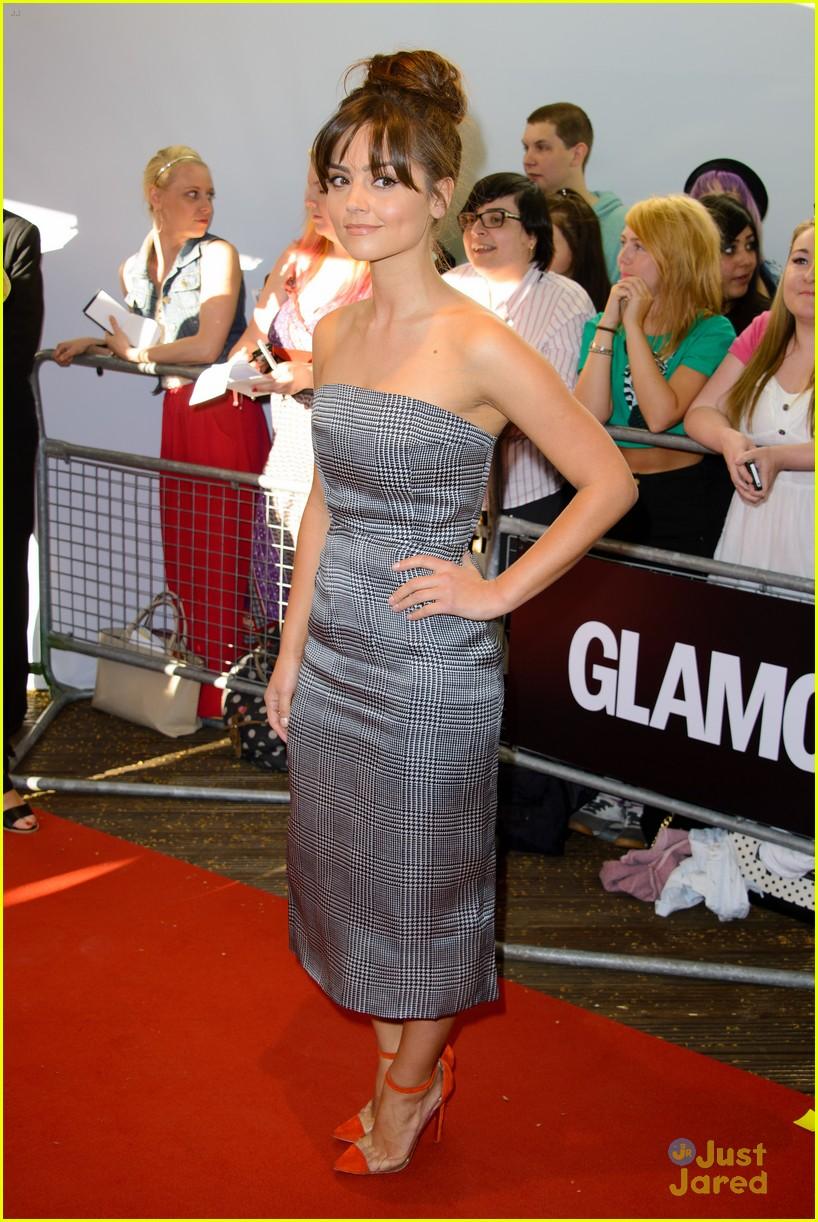 jenna louise coleman glamour women awards 04