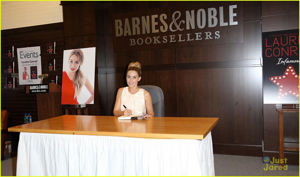 lauren conrad infamous book signing 13