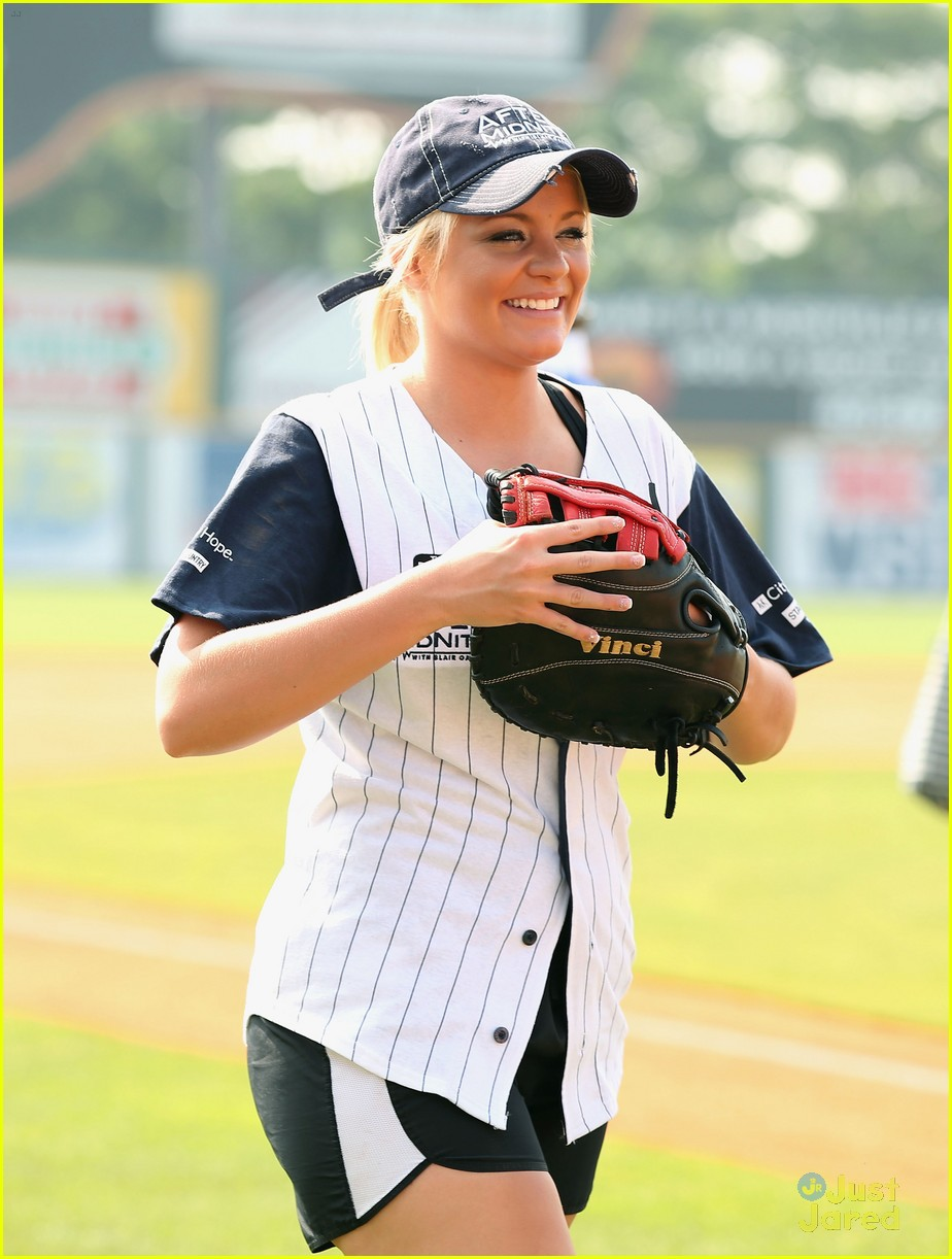 lauren alaina city hope softball game 10