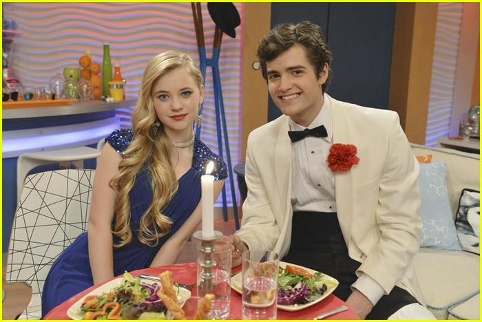 ant farm olive and fletcher dating Ant farm chyna is thrilled when she learns that olive and fletcher are dating chyna helps cameron secretly make a movie fletcher can't sleep when.