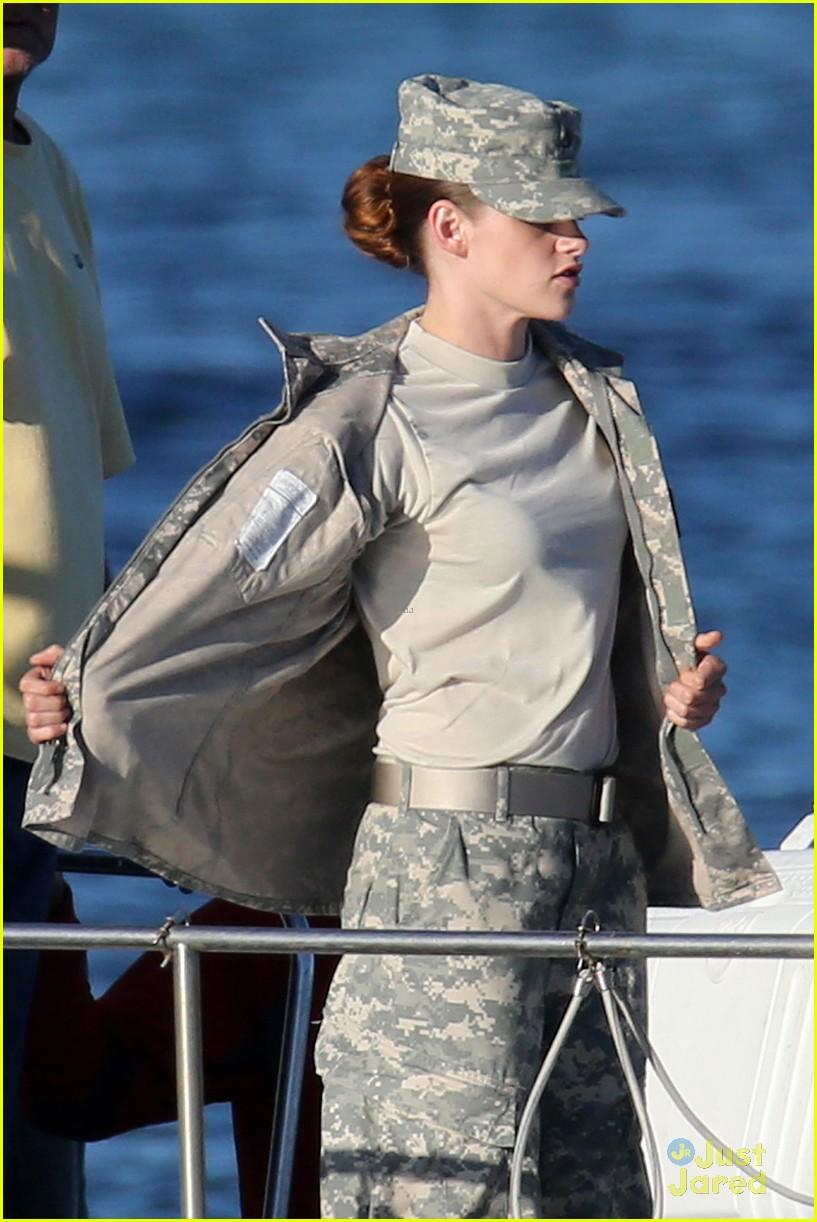 Hemsworth Parents Young Kristen Stewart: Camo ...