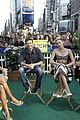 miley cyrus stops by good morning america 07