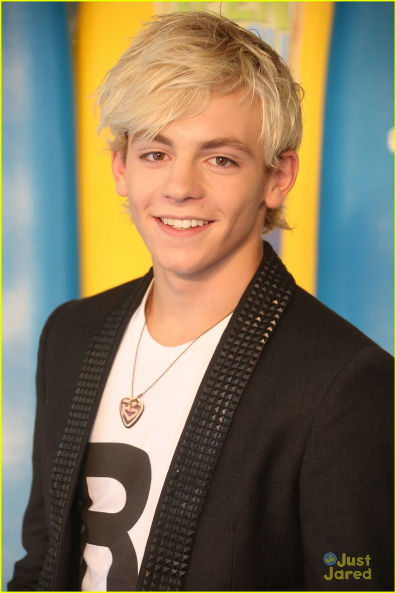 ross lynch maia mitchell teen beach movie screening 22