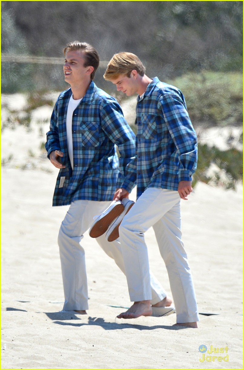 brett davern jake abel graham rogers beach boys filming 13