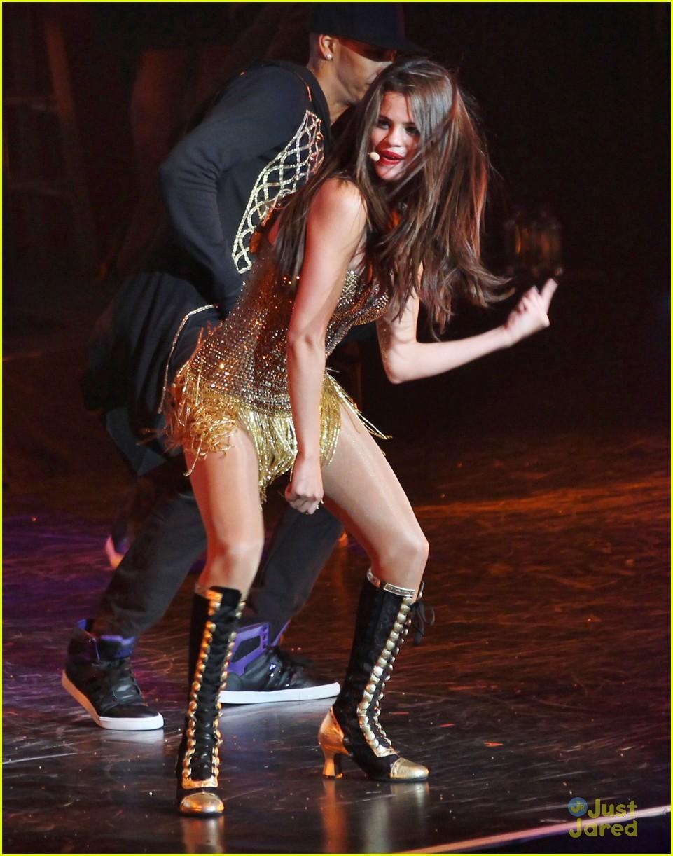 selena gomez stars dance tour kick off pics 13