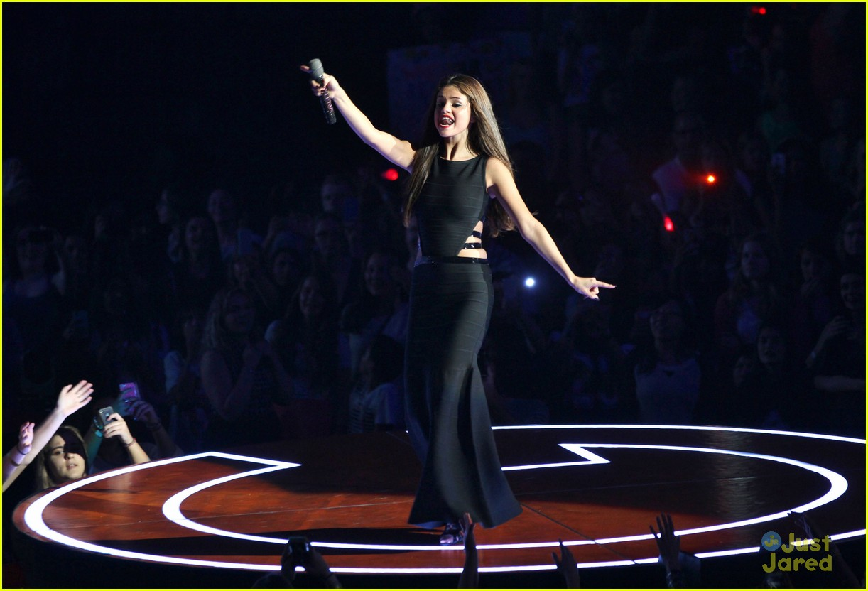 selena gomez stars dance tour kick off pics 36