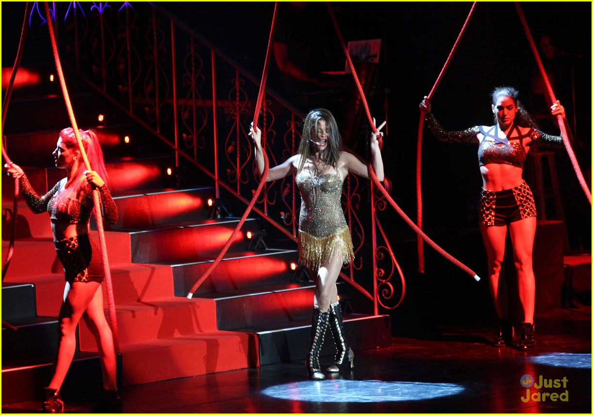 selena gomez stars dance tour kick off pics 37