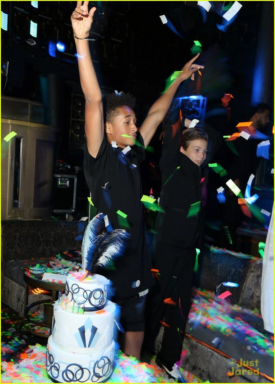 Joey King & Jaden Smith: Olivia Holt's Sweet 16! | Photo ... | 875 x 1222 jpeg 220kB