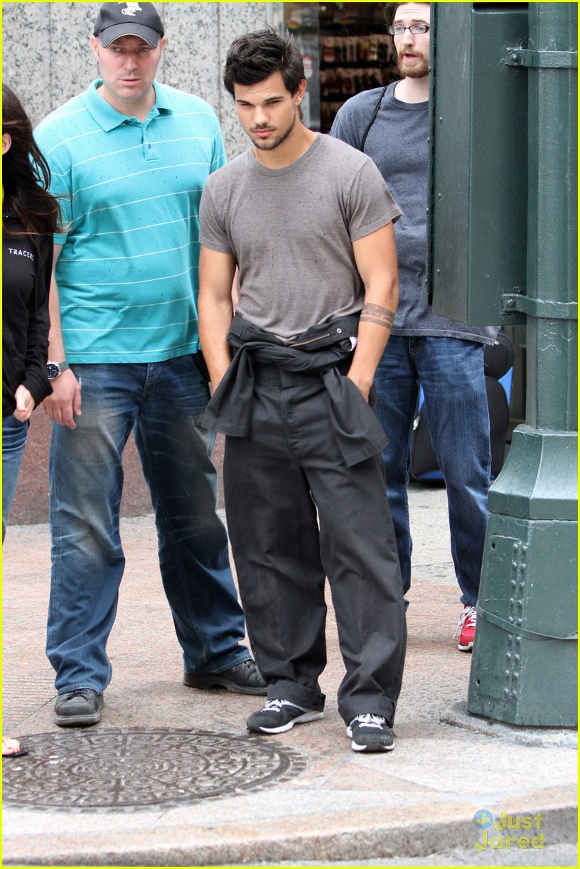 taylor lautner midtown tracers guy 01