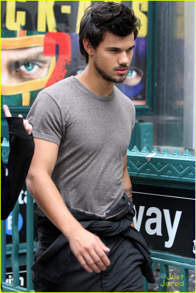 taylor lautner midtown tracers guy 04