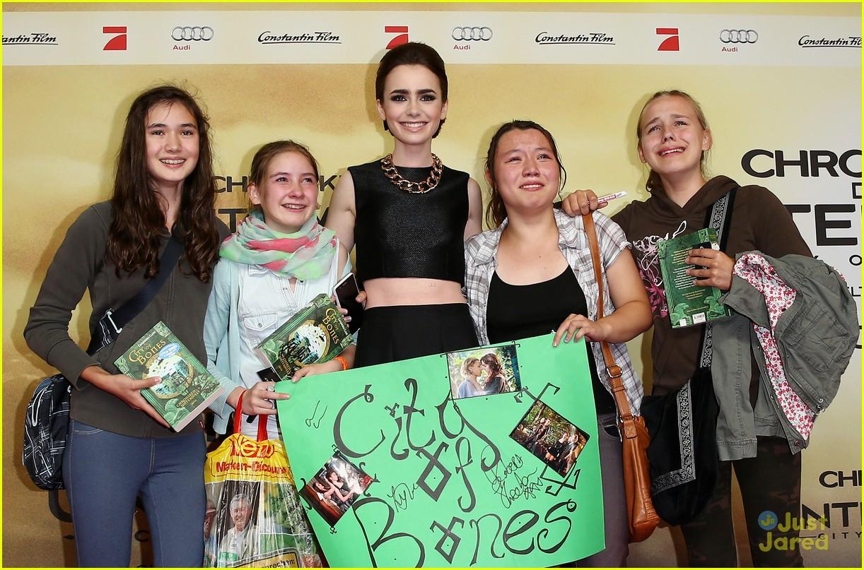 lily collins tmi berlin premiere 24