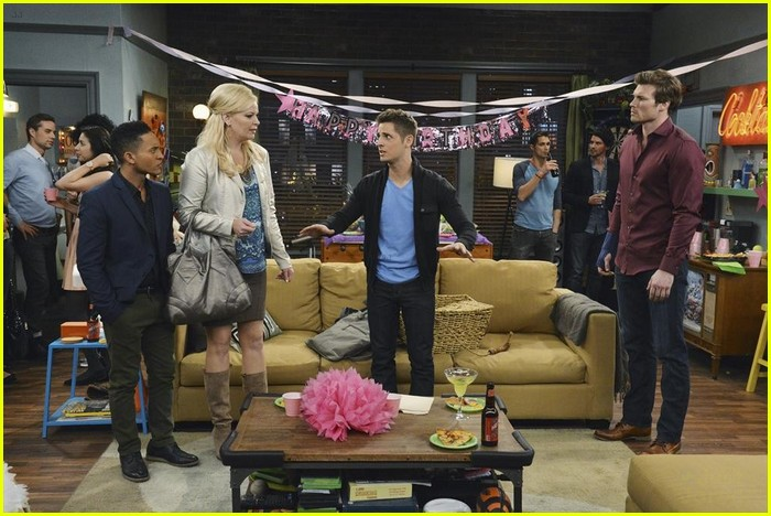 baby daddy surprise stills 13