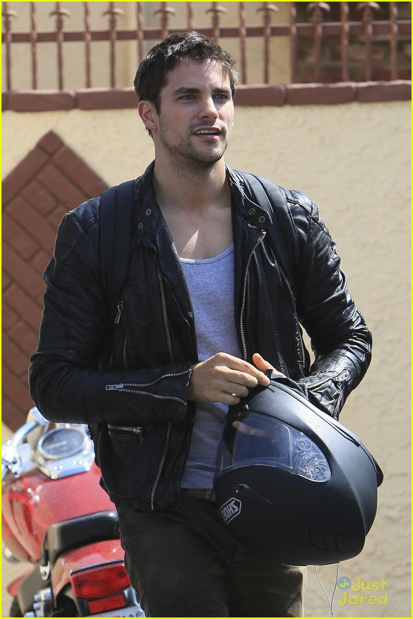 brant daugherty dwts practice thurs 11
