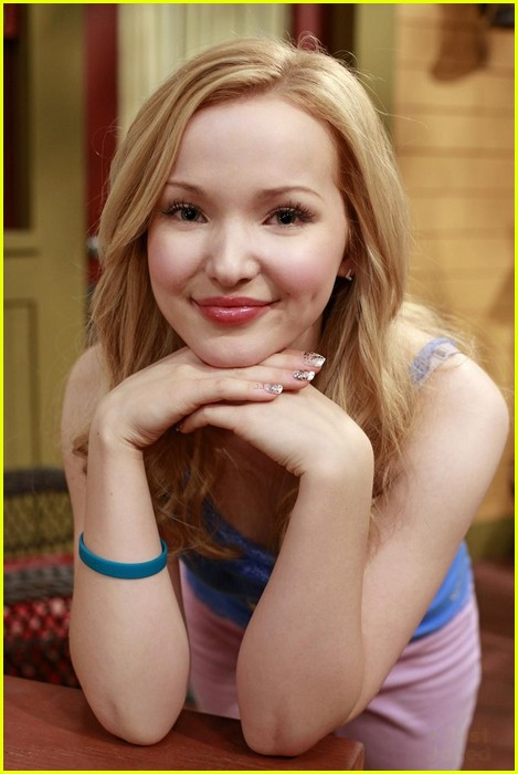 Dove Cameron Liv And Maddie Premiere In Two Weeks Photo 593327