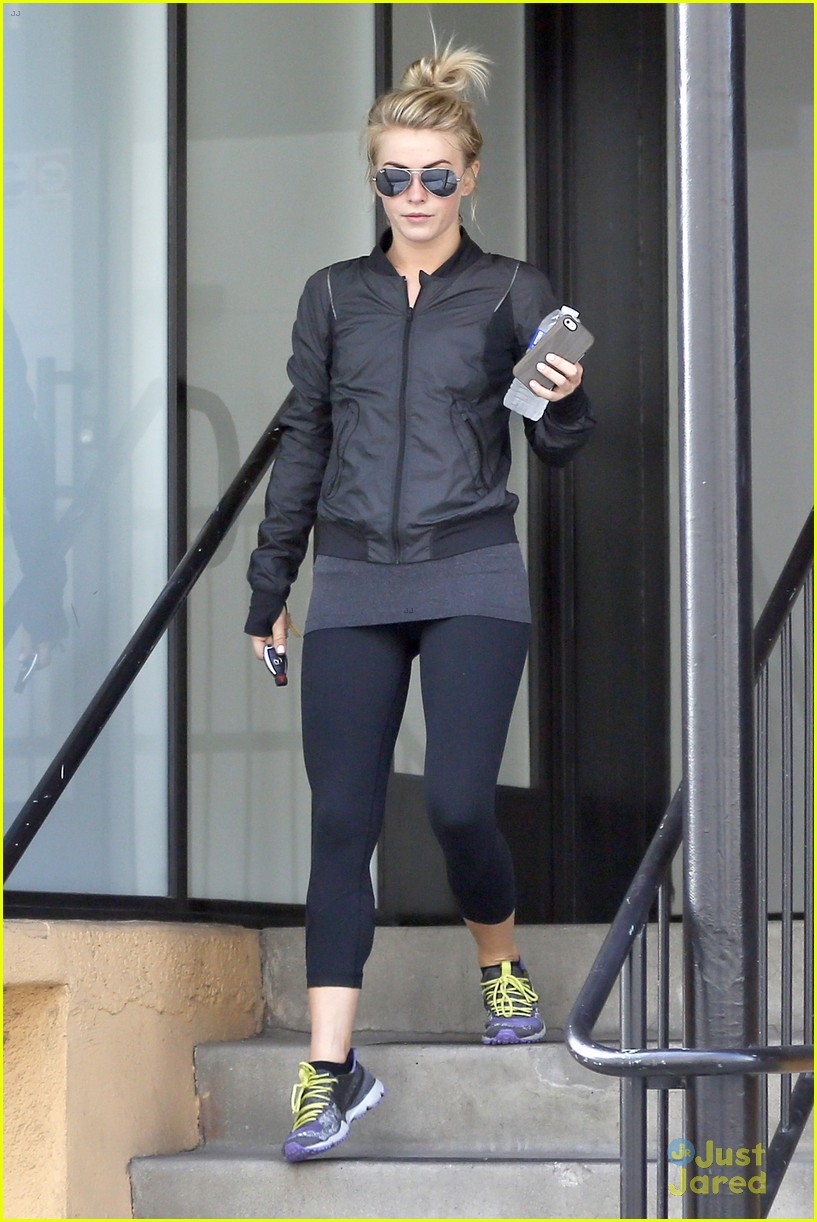 julianne hough hits the gym before dance studio stop 10