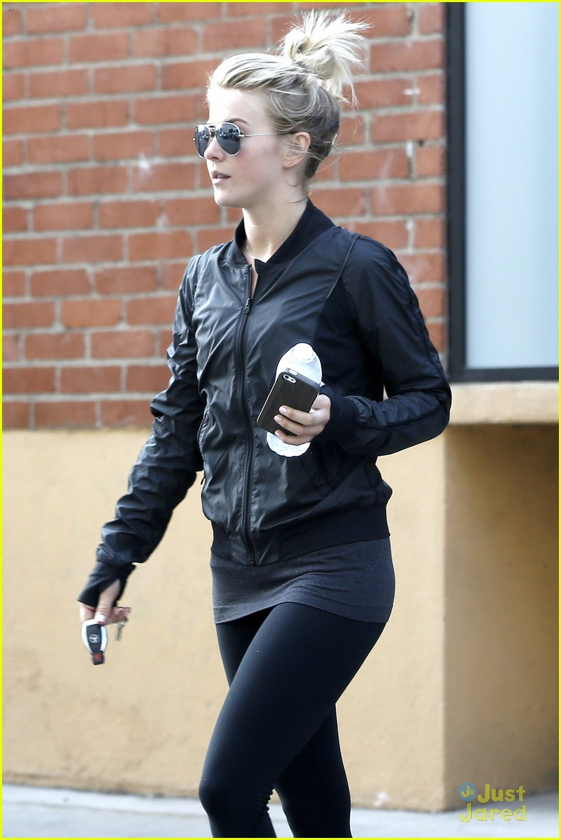 julianne hough hits the gym before dance studio stop 12