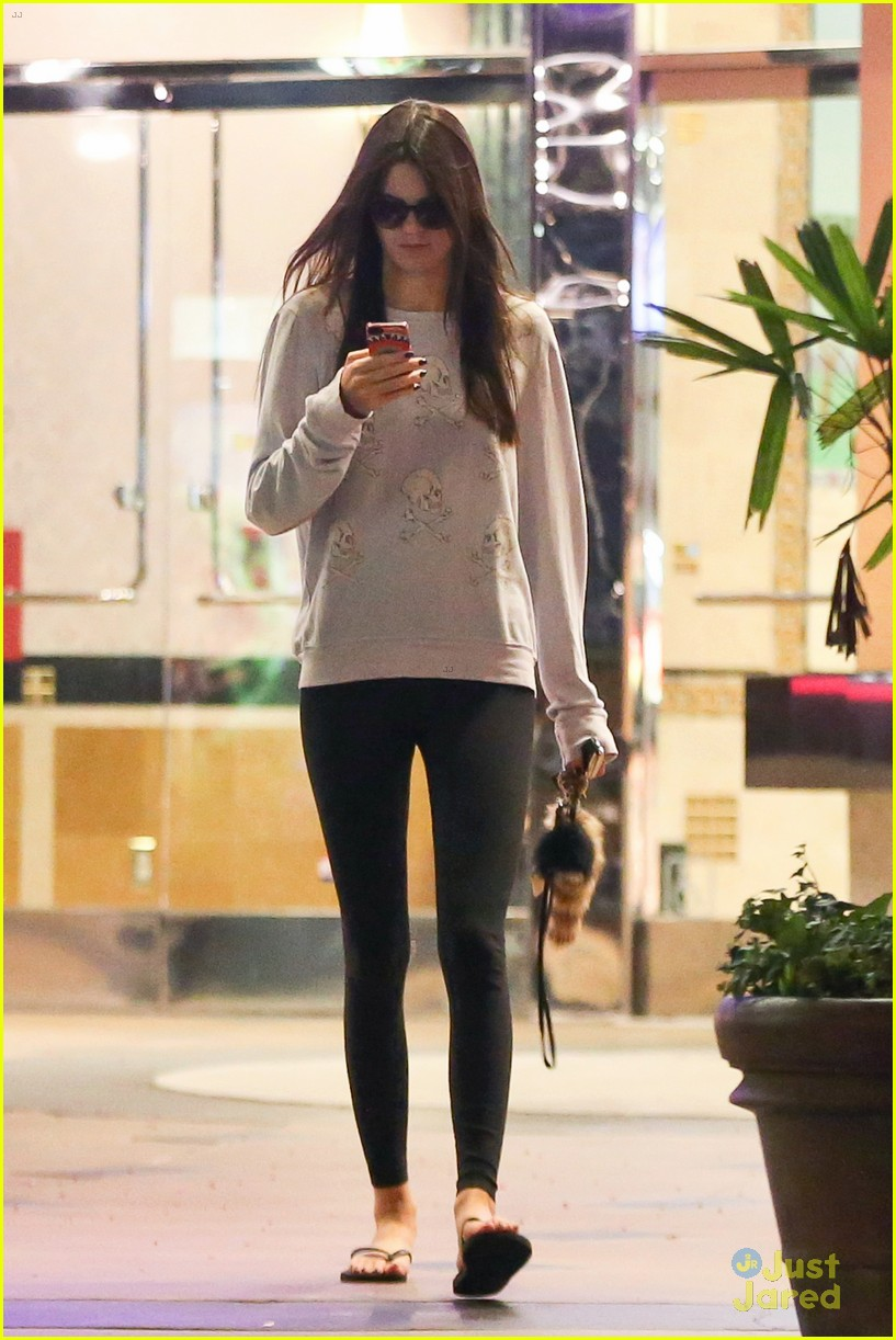 kendall jenner checks out one direction new movie 10