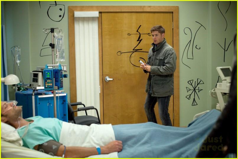 Jared Padalecki Jensen Ackles Supernatural Season 9 Poster