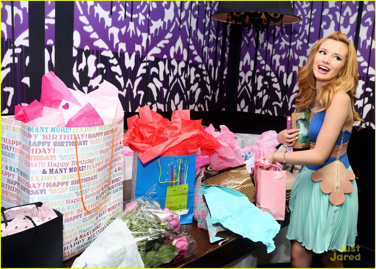 Bella Thorne Sweet 16 Birthday Party Pics 15