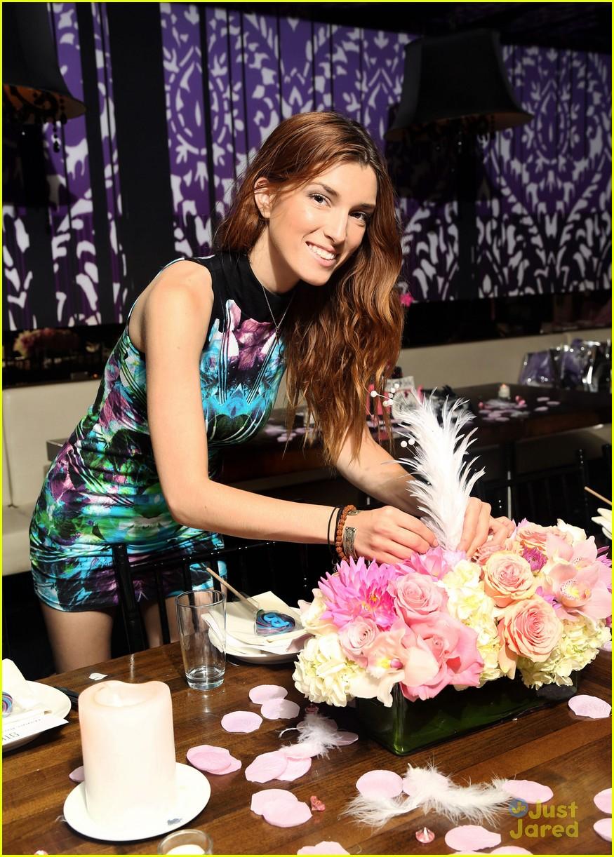 Bella Thorne Sweet 16 Birthday Party Pics Photo 606258