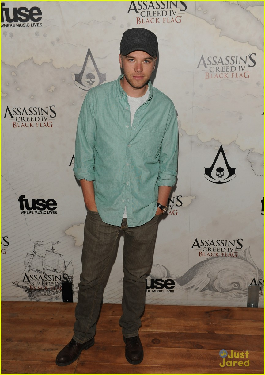 brett davern hayley garrett black flag launch party 10