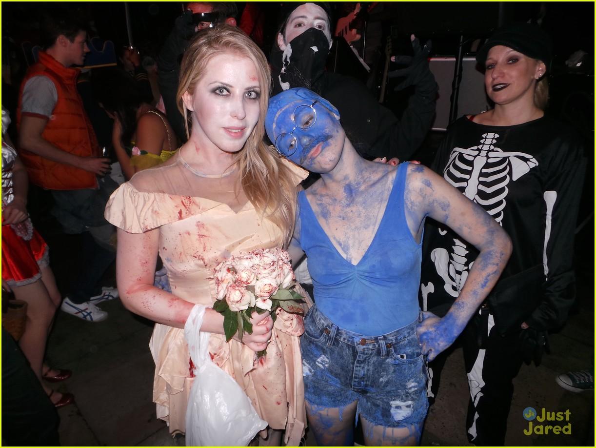 chord overstreet chris colfer matt morrisons halloween party 09