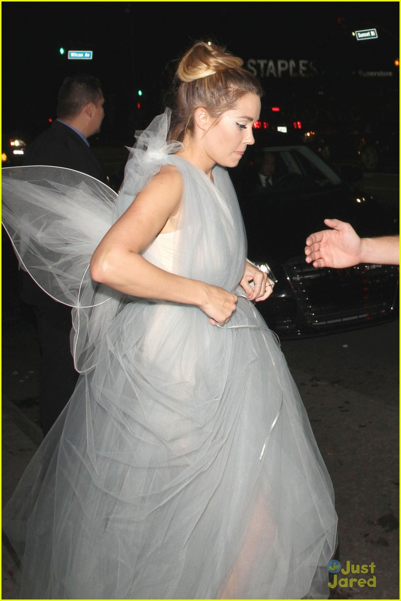 lauren conrad fairy wings halloween 02