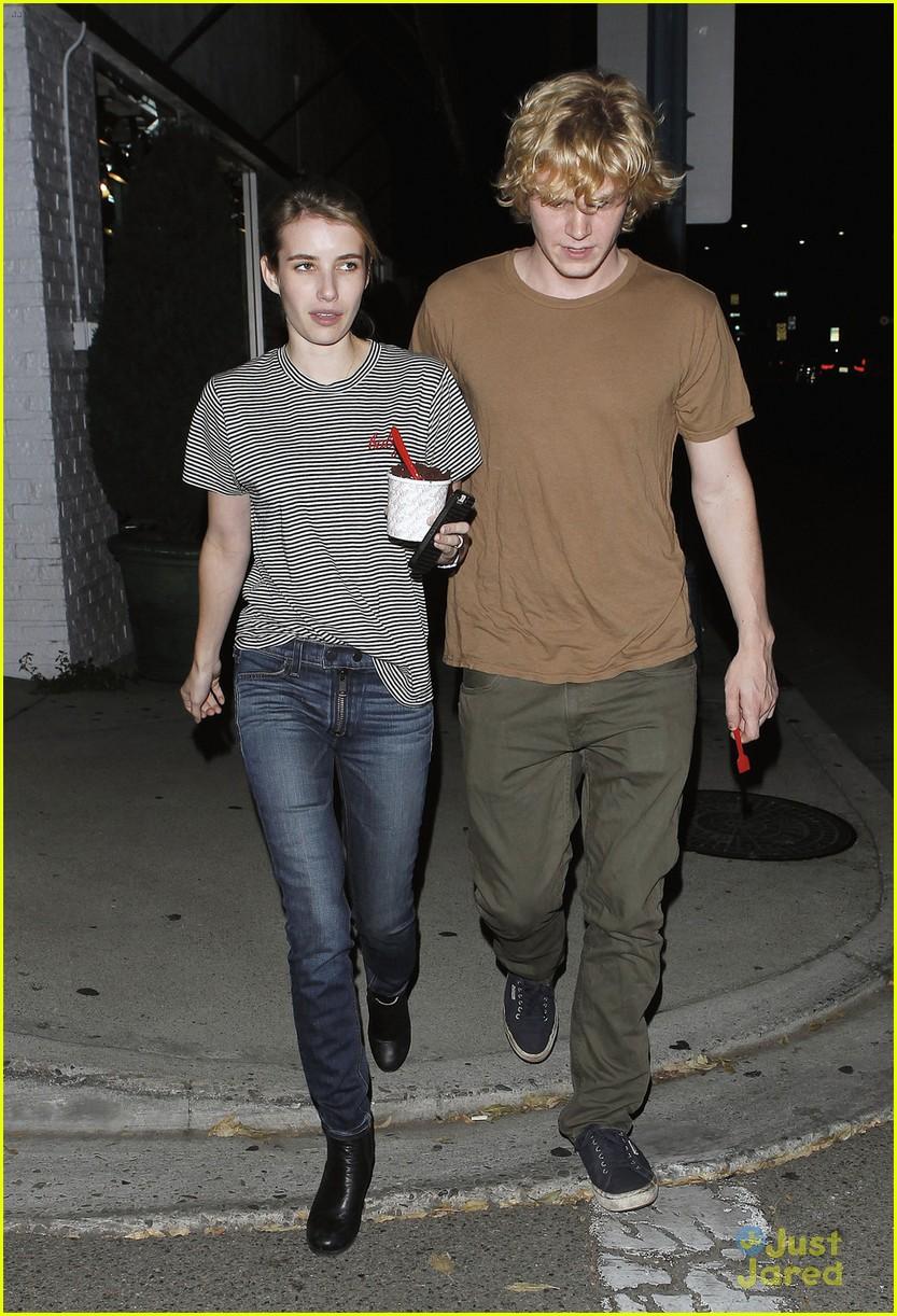 Emma Roberts Evan Peters American Horror Story