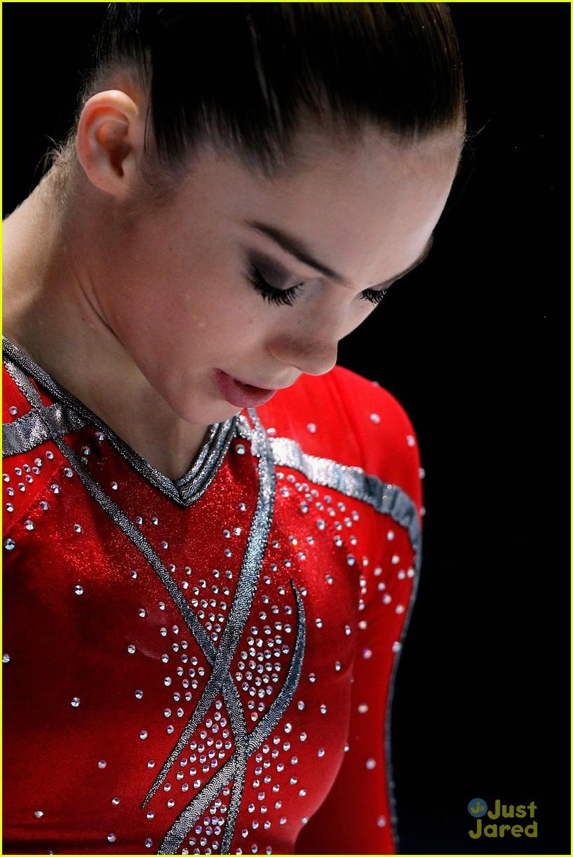 mckayla maroney kyla ross antwerp championships 01