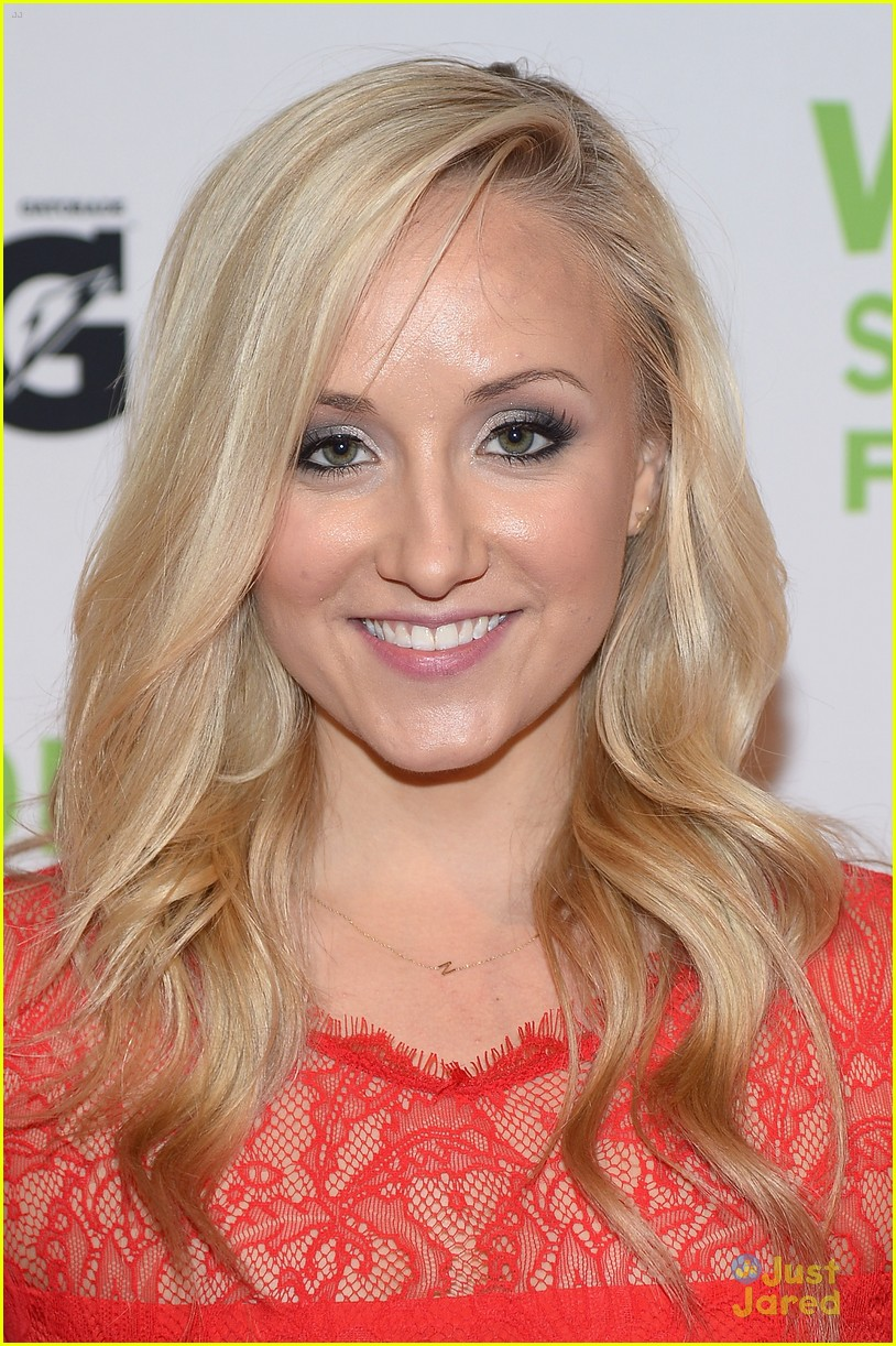 nastia liukin salute women sports 03
