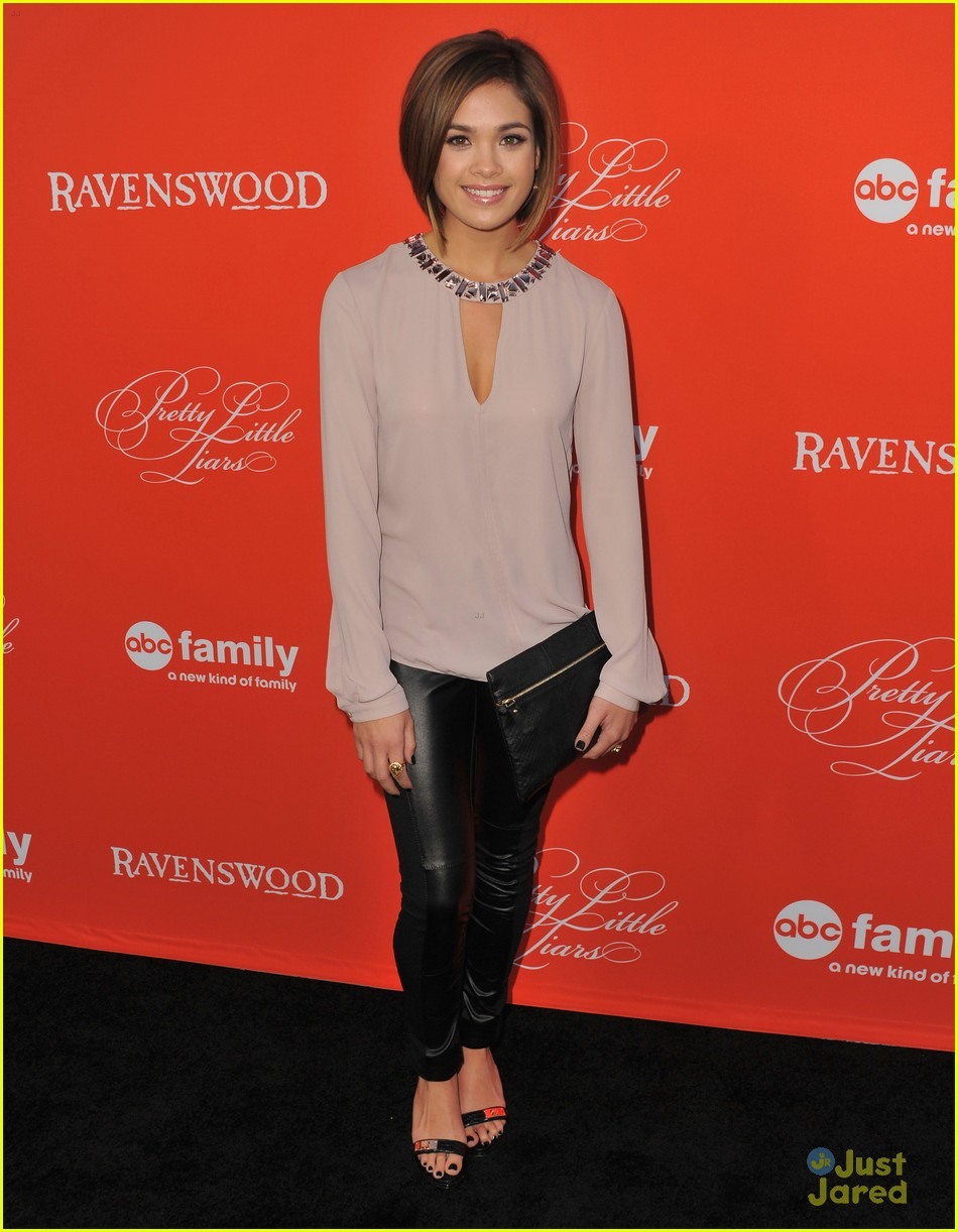 nicole anderson ashley benson pll halloween screening 10