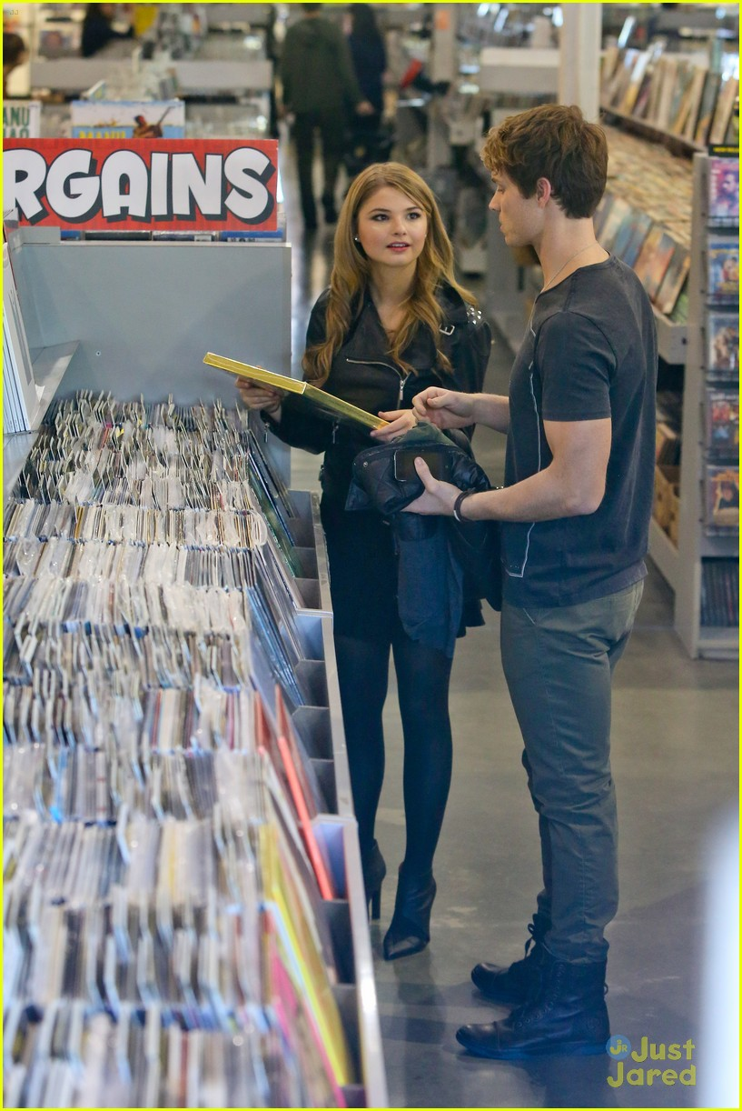 stefanie scott spencer sutherland amoeba music 04