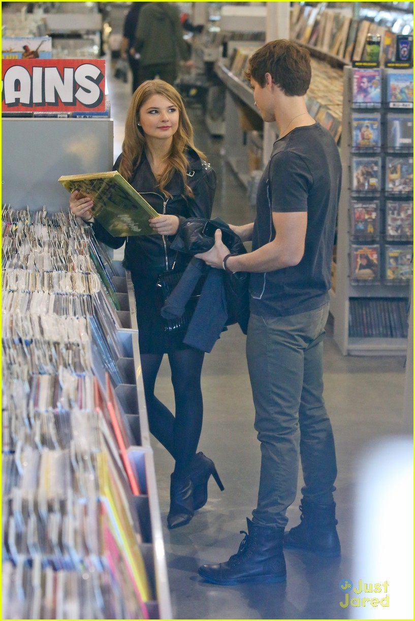 stefanie scott spencer sutherland amoeba music 08