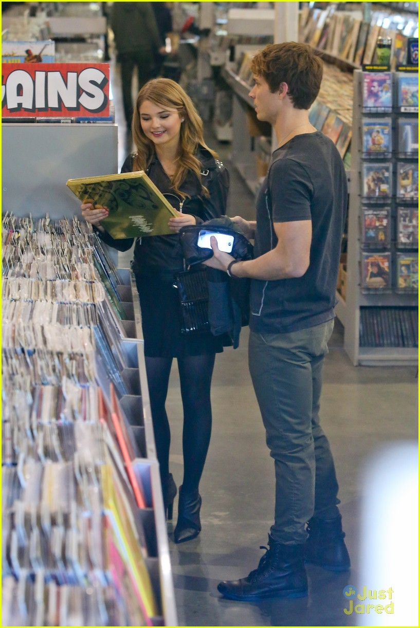 stefanie scott spencer sutherland amoeba music 11