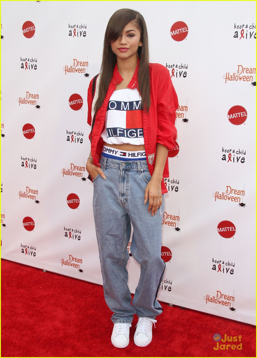 Zendaya Aaliyah Costume For Dream Halloween Performance