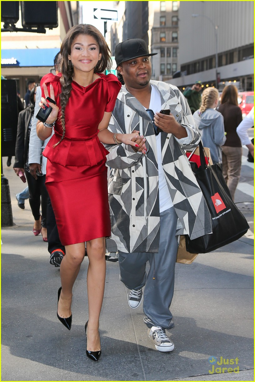 zendaya big apple delicious promo 06
