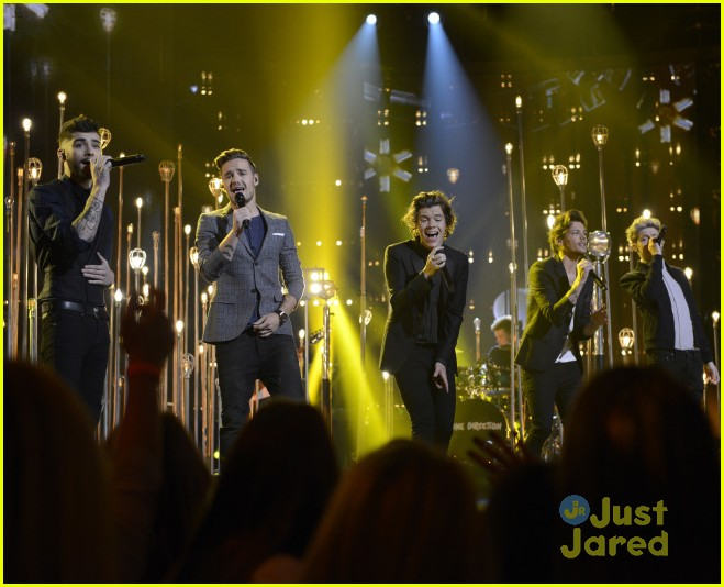 one direction x factor performance watch 01
