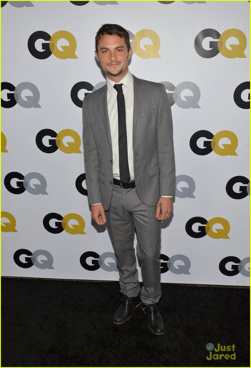 chace crawford shiloh fernandez gq men of year party 01