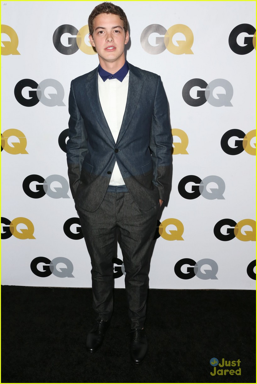 chace crawford shiloh fernandez gq men of year party 04