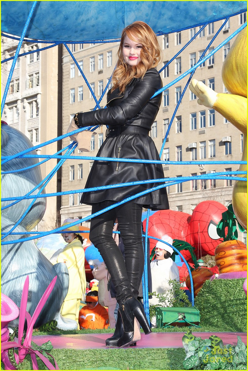 Debby Ryan On Macy S Thanksgiving Day Parade It S A