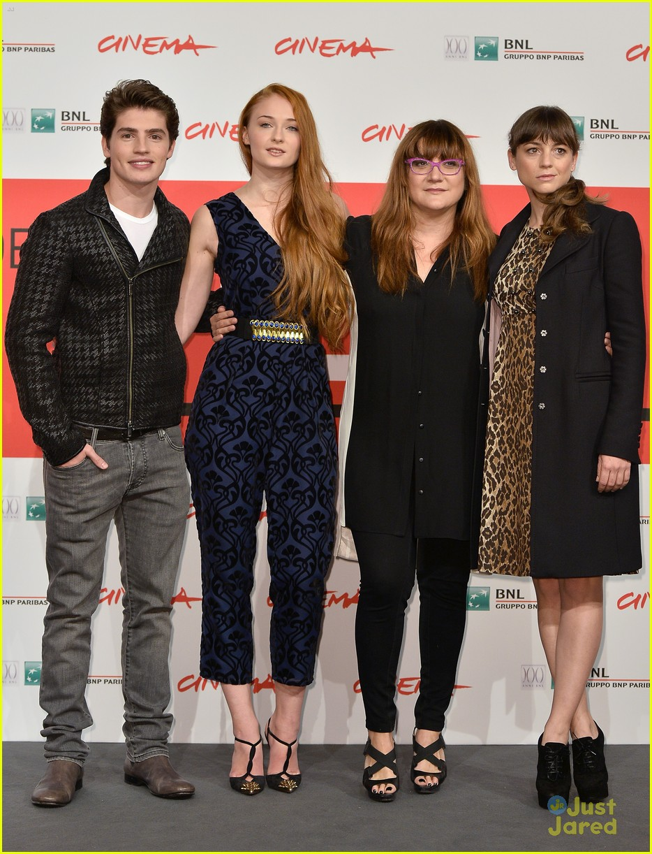 gregg sulkin sophie turner another me rome call conf 11