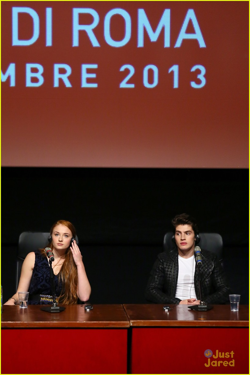 gregg sulkin sophie turner another me rome call conf 20