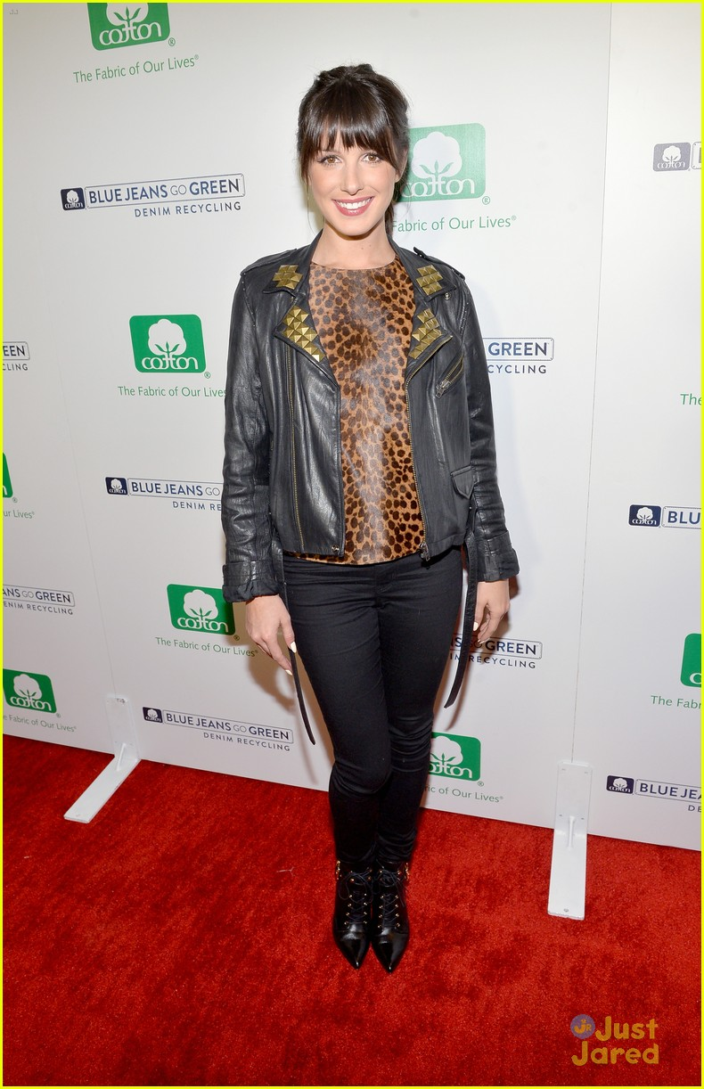 nikki reed shenae grimes cassie scerbo jeans event 18