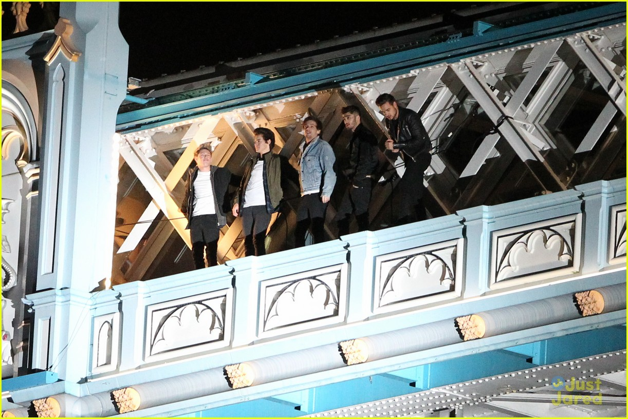 One Direction Film 'Midnight Memories' Video on London's Famed Tower Bridge! | Photo 628999 ...