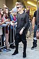 justin bieber previews one life whats hatnin swap it out 04