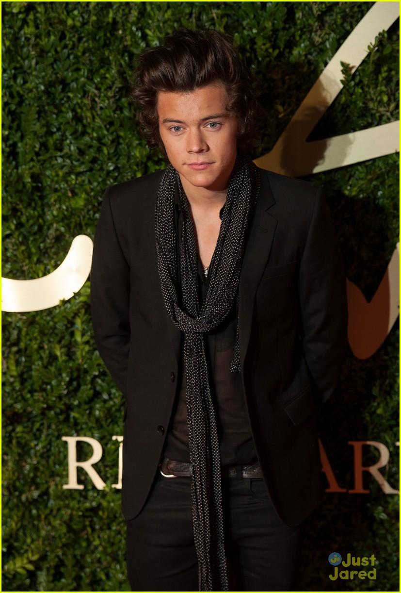 harry styles brit fashion awards 05