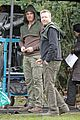 stephen amell dons wig arrow filming 08