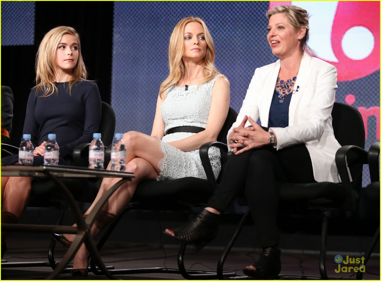 kiernan shipka mason dye flowers in the attic tca 11
